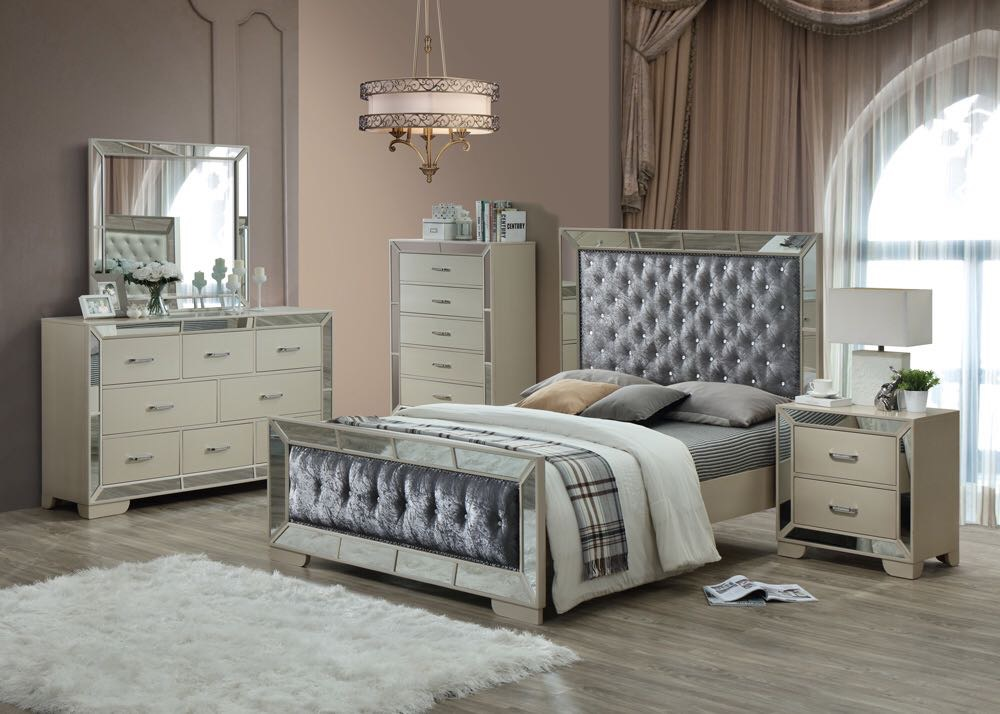 Gem 6 Piece Bedroom Set With Mirror, Crush velvet & Diamonte Detail